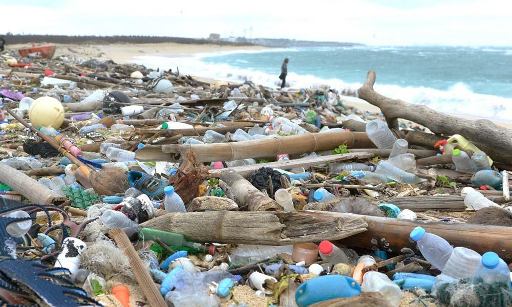 Jose Simon Elarba Haddad Contaminacion por plastico tiene solucion