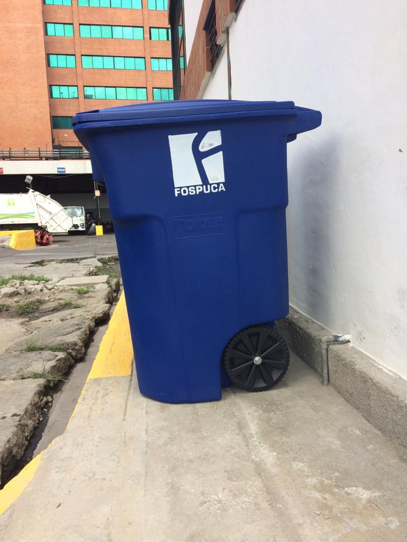 José Simón Elarba- Fospuca pone a la venta contenedores plásticos