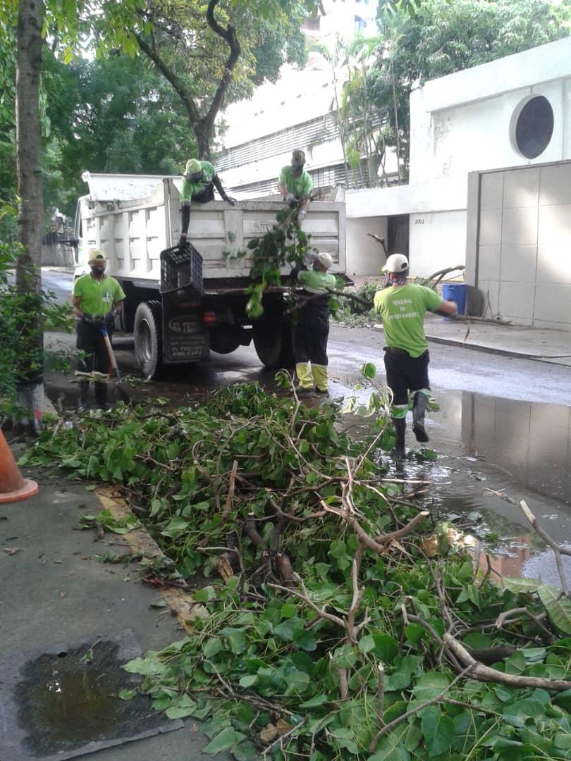 José Simón Elarba-Fospuca redobla esfuerzos en sus jornadas de limpieza debido a las lluvias