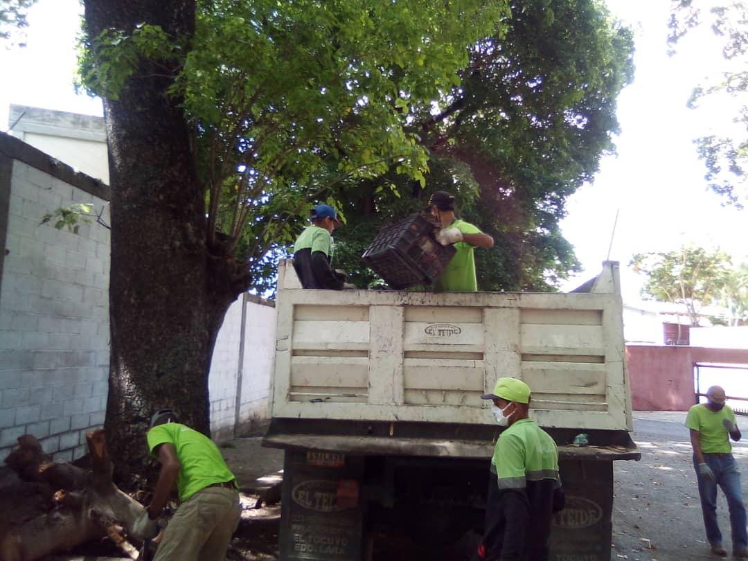 José Elarba-Fospuca continúa sus jornadas de limpieza en las calles de Caracas