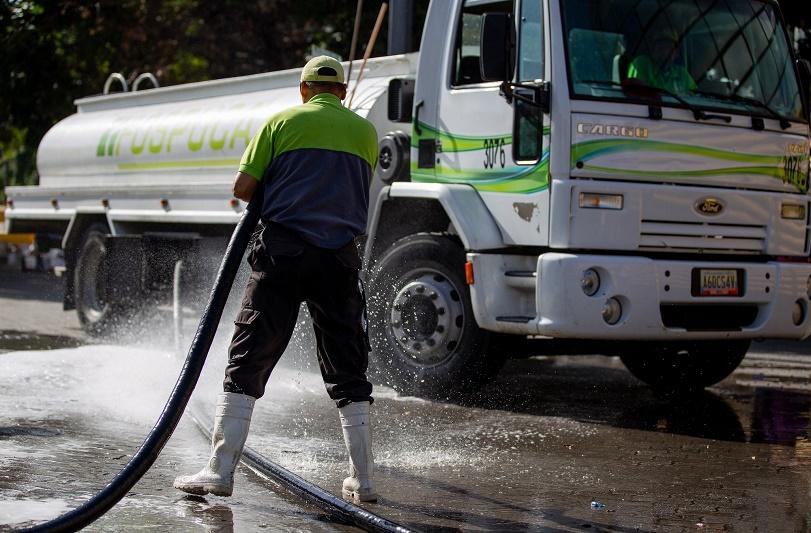José-Simón-Elarba-Fospuca-cumple-con-otra-exitosa-semana-de-operativos-de-limpieza-en-Caracas