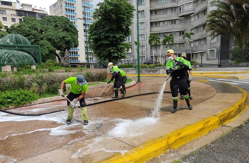 José Elarba-Fospuca-cierra-otra-semana-de-múltiples-jornadas-de-limpieza-FOTO